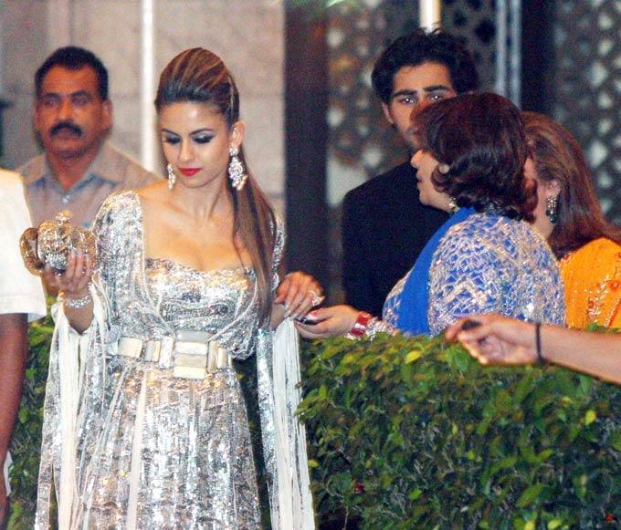 Natasha Poonawalla Hot In White At Saifeena Wedding