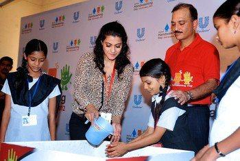Kajol Devgan With Children At Hand Washing Campaign