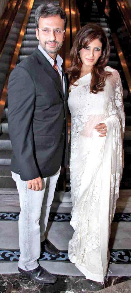 Raveena In White Saree Looking Gergious With Huby Anil Thadani