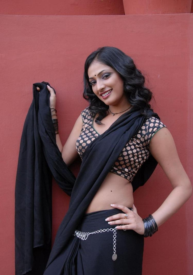 Haripriya Spicy Pose Photo Shoot
