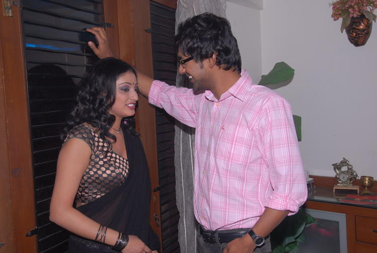 Varun Sandesh And Haripriya In Chat Still At Press Meet