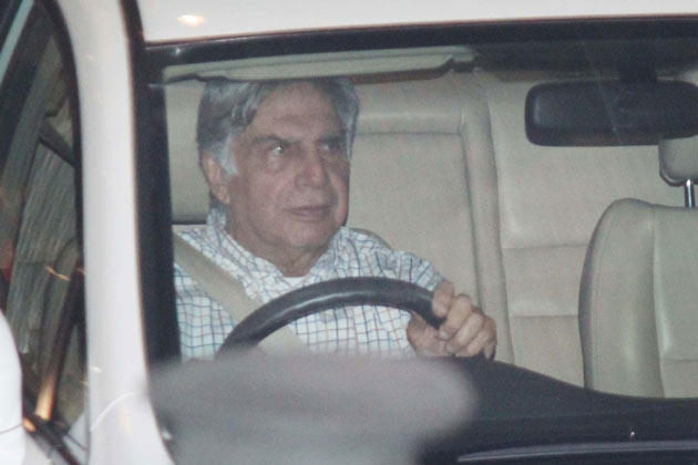 Ratan Tata Driving The Car Still To Saifeena Nikaah