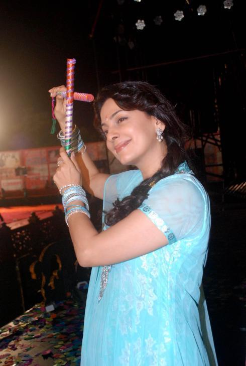 Juhi With Dandiya Stick Still At Goregaon