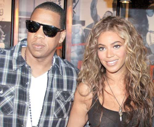Jay-Z And Beyonce Smiling Still