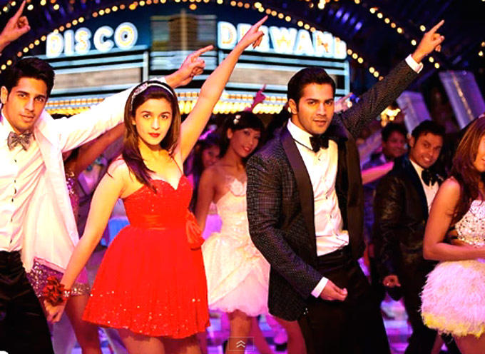 Siddharth With Alia And Varun Dancing Disco Deewane From Student Of The Year
