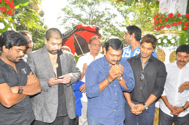 Bandla,Allu And Puri Jagannath At Iddarammailatho Movie Opening Event