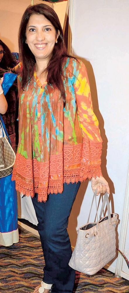 Tarana Khubchandani Smiling Pic At Launch Of IMC Ladies Exhibition