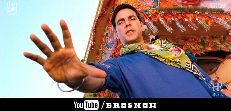 Akshay Kumar In Blue  Khiladi 786 Movie Stills