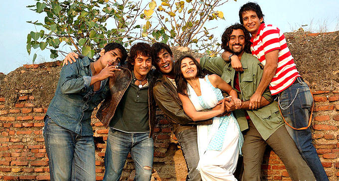 Siddharth,Aamir,Madhavan,Soha,Kunal And Sharman In Rang De Basanti