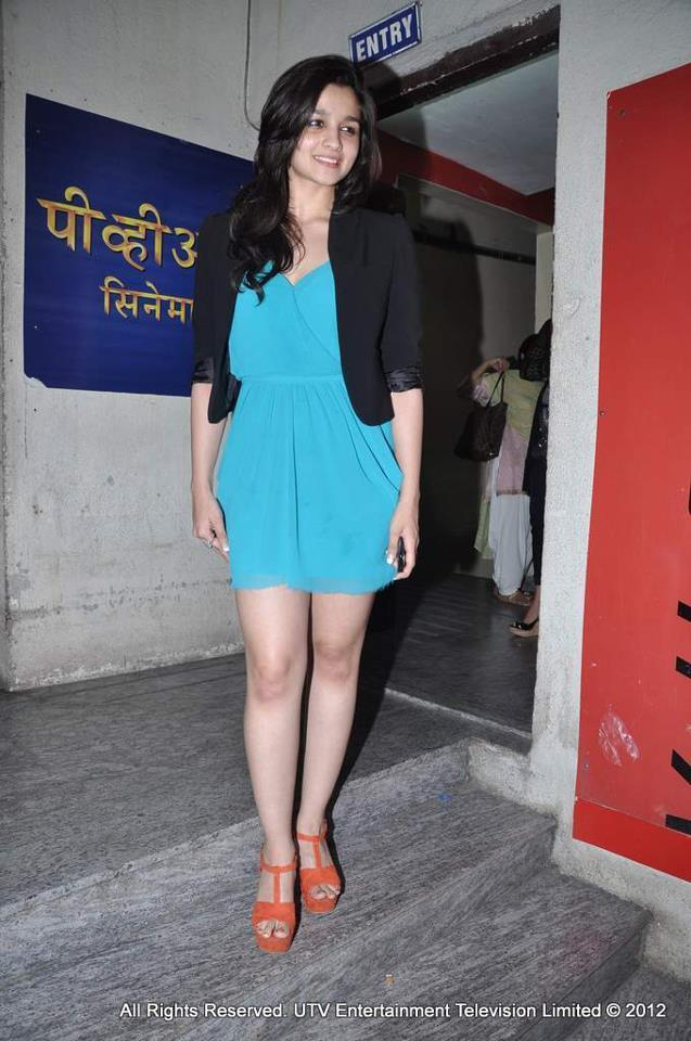 Alia Bhatt Spotted At Student Of The Year Screening