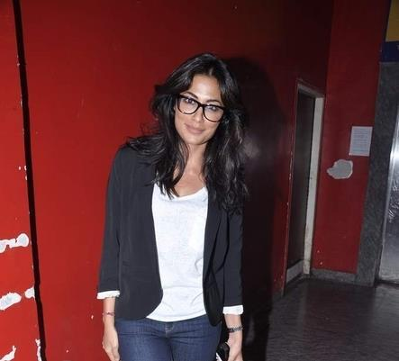 Chitrangada Nerdy And Sophisticated Look At SOTY Screening