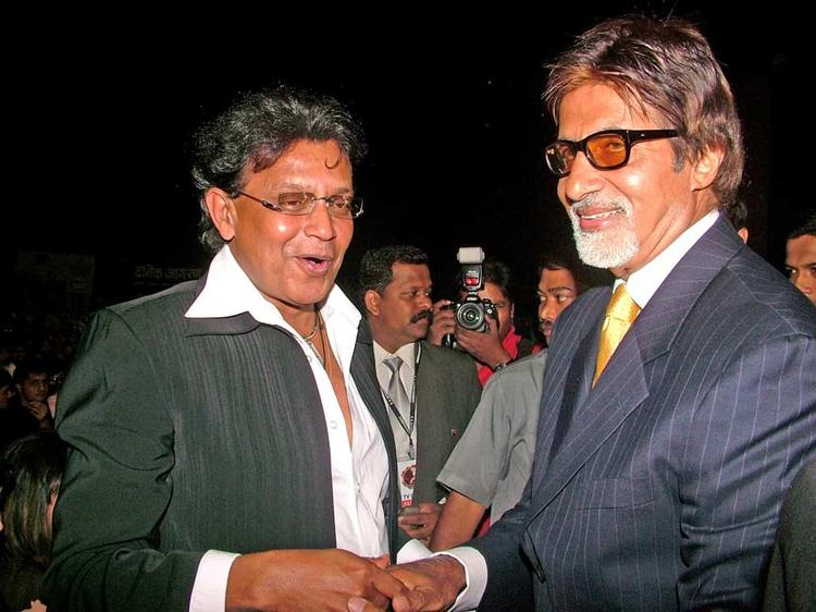 Amitabh Bachchan And Mithun Chakraborty Smiling Photo