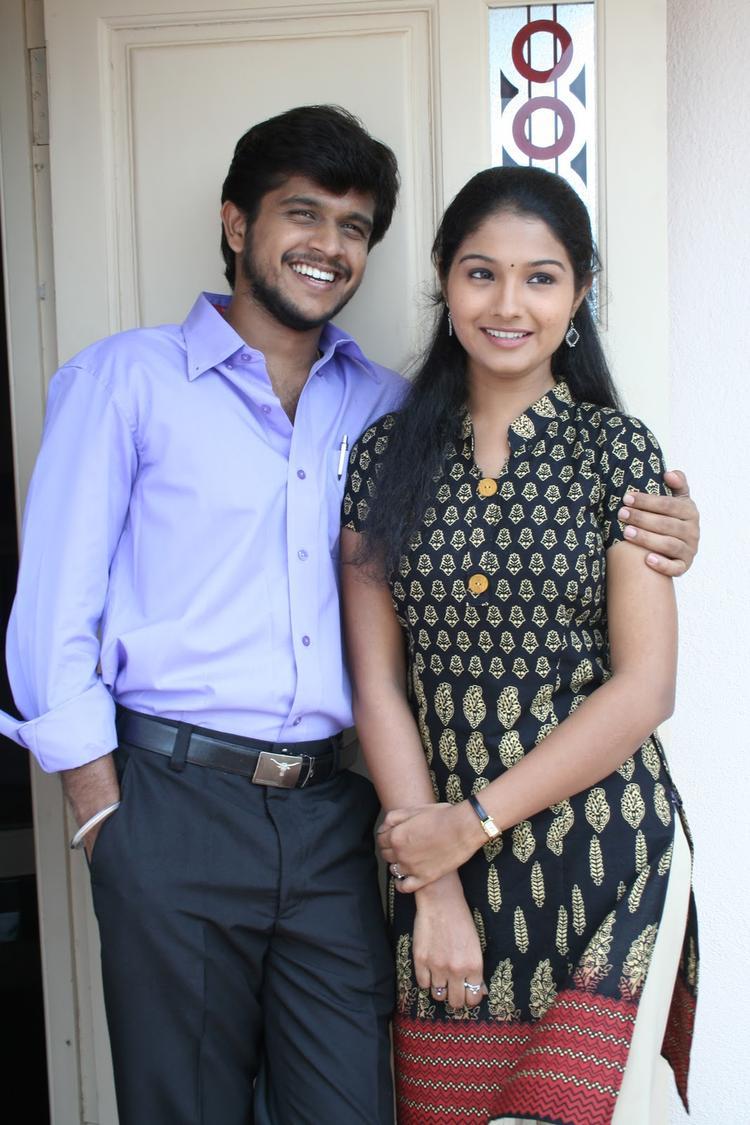 Venkatesh And Akshara Close Smiling Stills