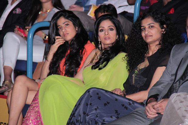 Sridevi,Jhanvi And Gauri At The Opening Ceremony Of 14th Mumbai Film Festival