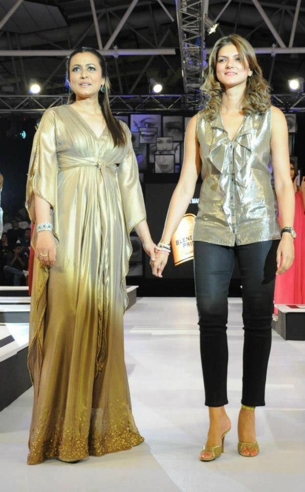 Namrata With Nandita Walks On Ramp Show At Blenders Pride Fashion Tour Hyderabad 2012