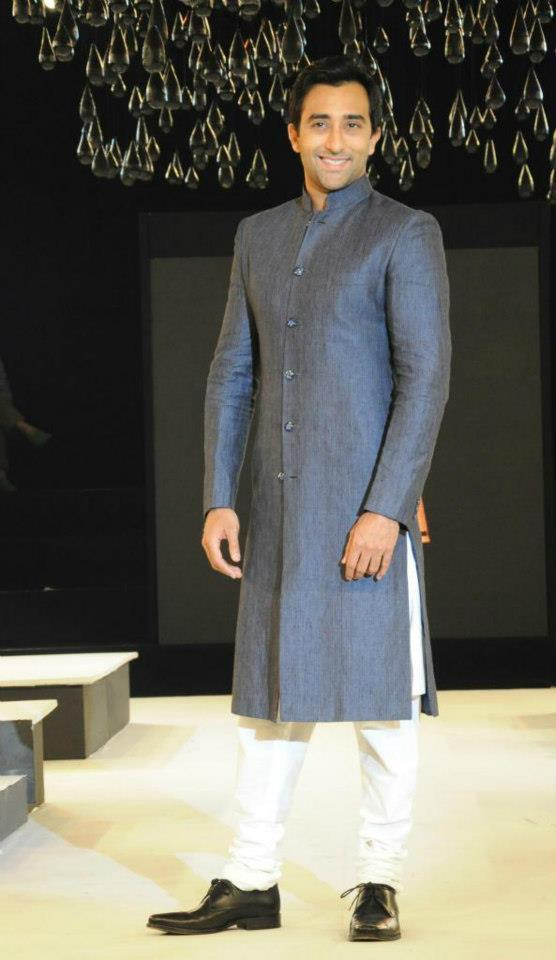 Rahul Walks On Blenders Pride Fashion Tour Hyderabad 2012