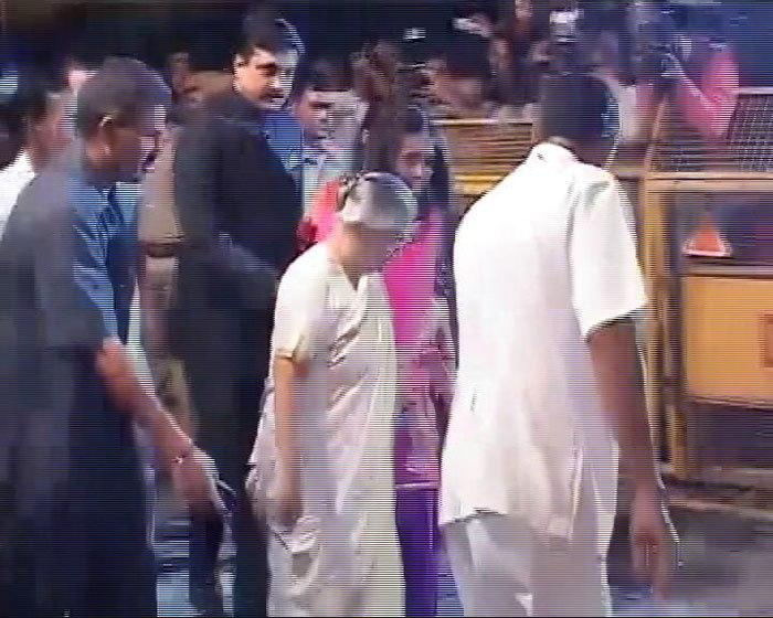Sheila Dixit Spotted At Saifeena Wedding Reception At Delhi