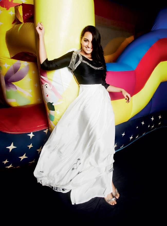 Gorgeous Sonakshi Smiling Photo Shoot For Cosmopolitan India Magazine