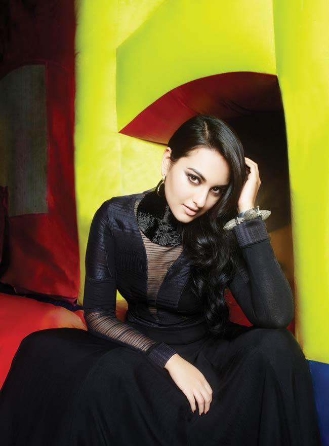 Sonakshi Sinha Exclusive Photo Shoot For Cosmopolitan India October