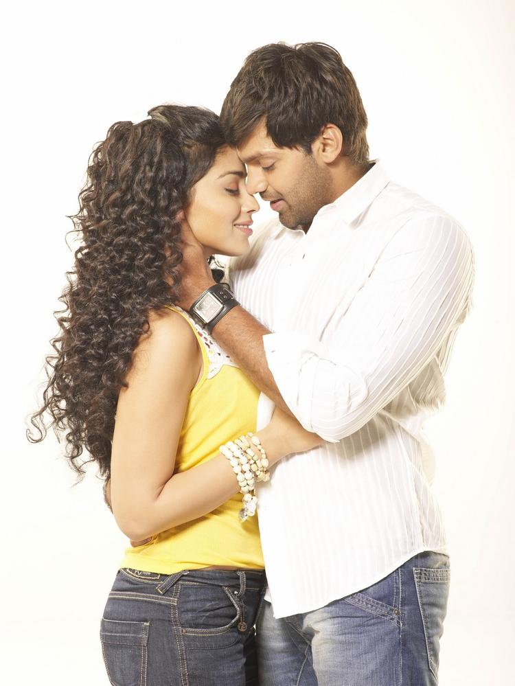 Arya And Shriya Saran Sensational Still