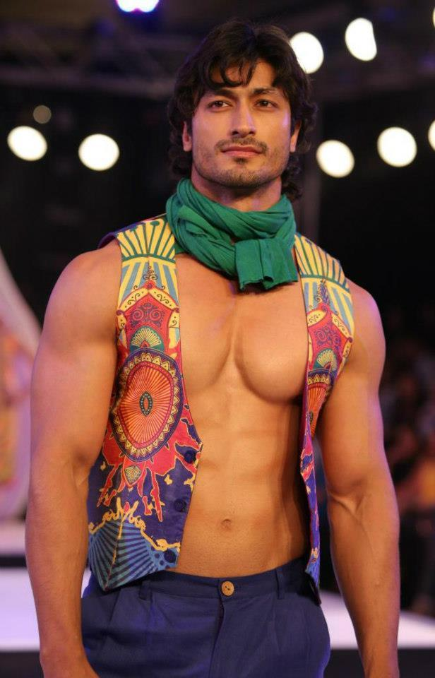 Vidyut  In Half Cut Jacket Still