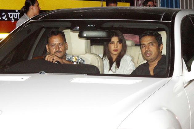 Priyanka Spotted To Pay Her Last Respects To The Romance King