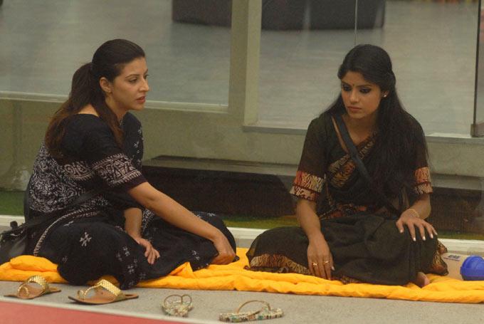 SanaAnd Sayantani In A Tense Mood At The Bigg Boss House 6