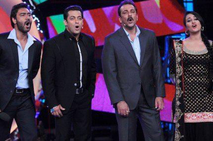 Ajay,Salman,Sanjay And Sonakshi Pose During The Promotion Of Son of Sardar
