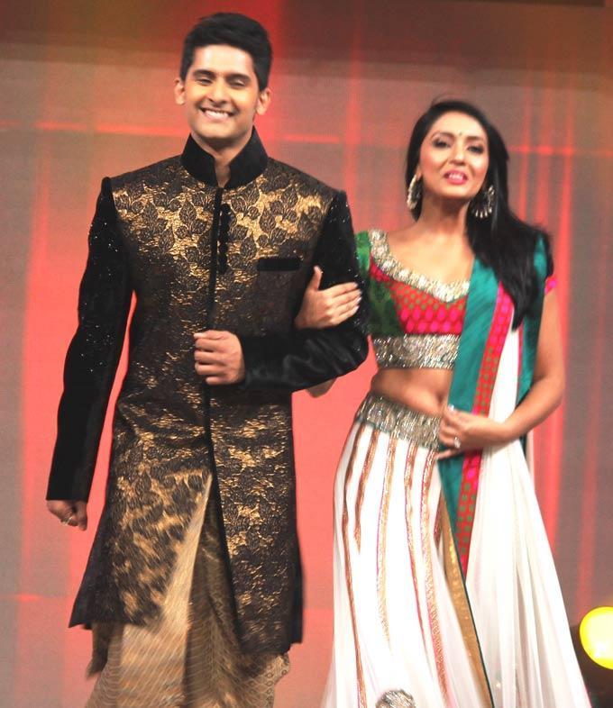 Ravi And Shweta At Gitanjali ITA Fashion Show