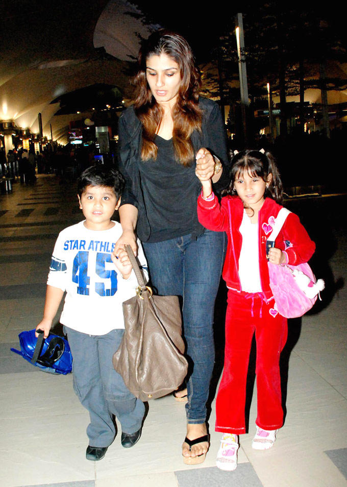 Raveena With Her Two Kids Gorgeous Pic