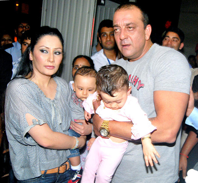 Sanjay,Manyata With Twin Kids Shahraan And Iqra Still