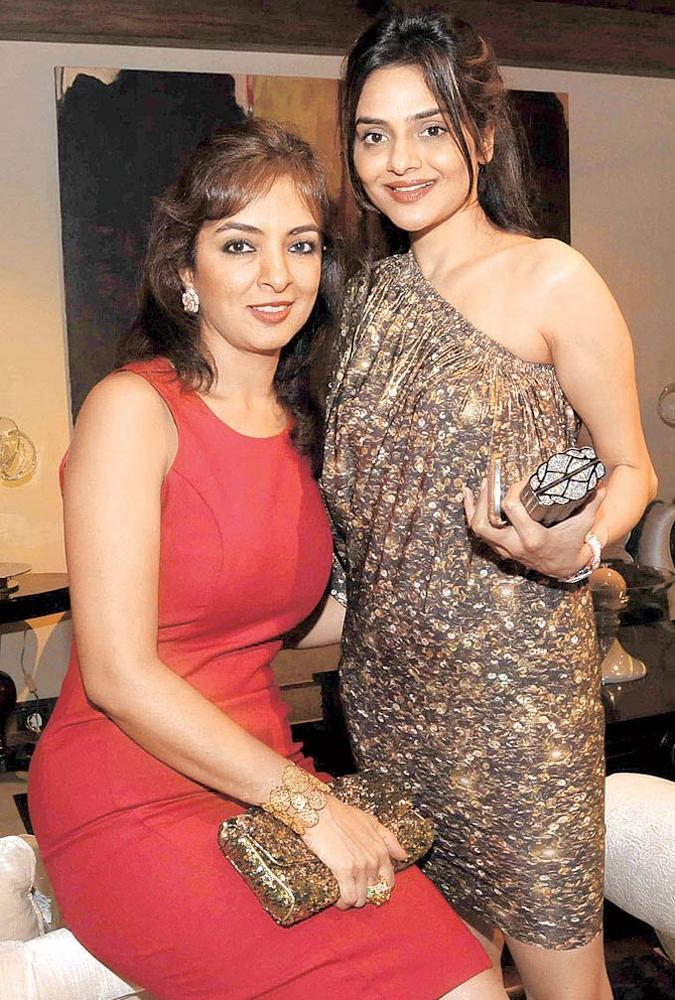 Lata And Madhoo At The Launch Of International Furniture Brand Store