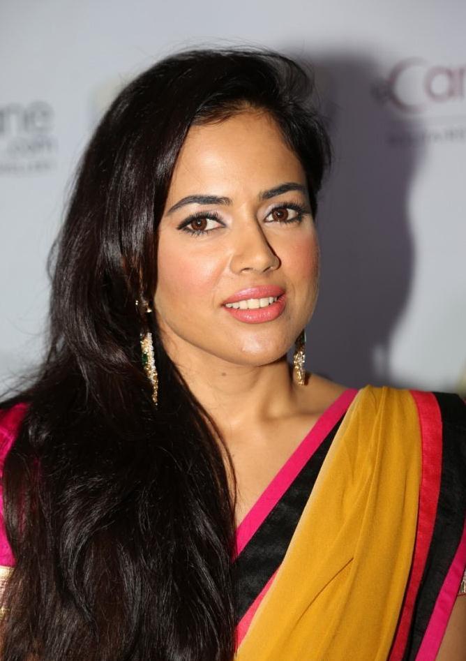 Sameera Glamour In Yellow Pink Saree Still