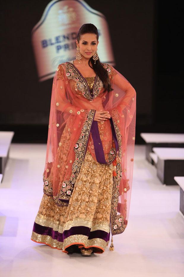 Malaika Walks The Ramp At The Blenders Pride Fashion Tour 2012