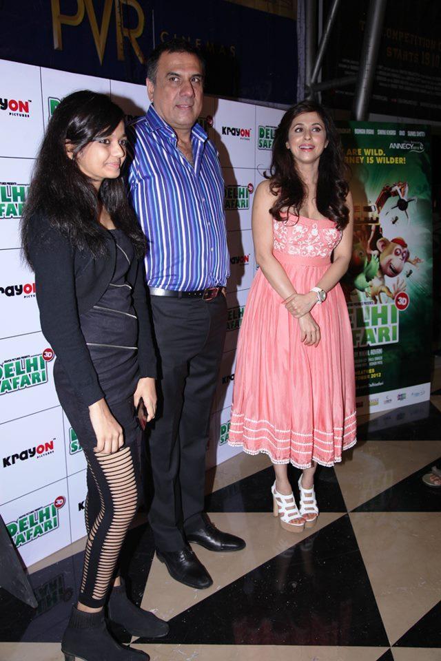 Swini,Urmila And Boman During The Special Screening Of Delhi Safari