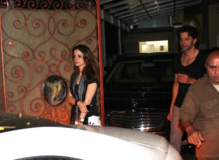 Hrithik And Wife Suzanne Photo Clicked At Aditya Chopra residence