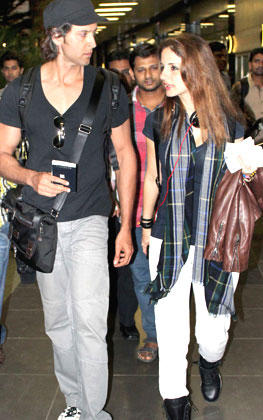 Hrithik With Wife Suzanne Spotted At Mumbai Airport