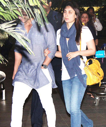 Saif And Kareena The Newly Married Couple Photo At Mumbai Airport