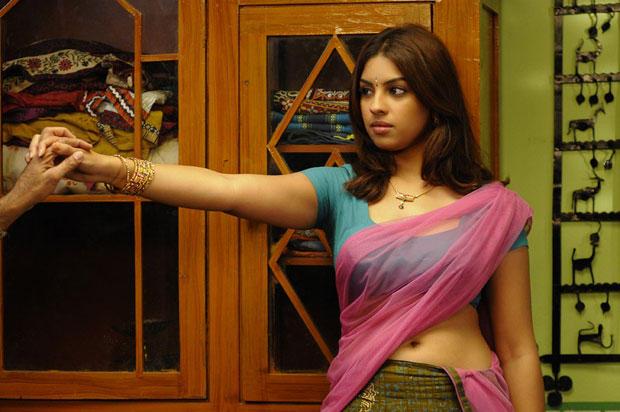 Richa Hot Gorgeous Pic  From Mirapakaya Movie