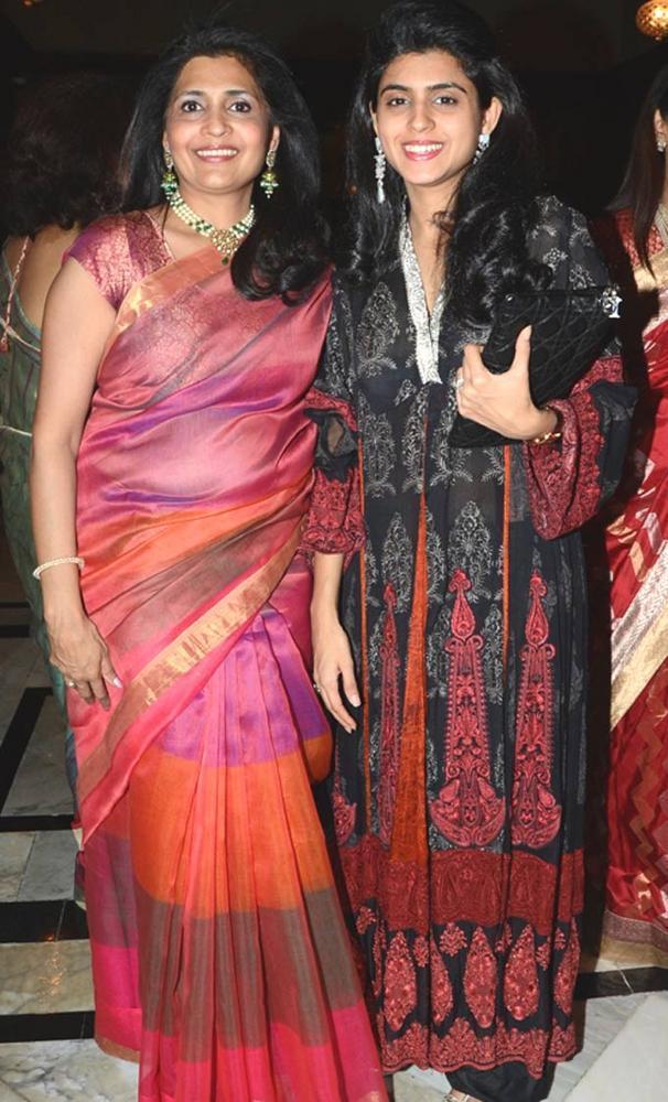 Gauri With Daughter Ashika At The Sahchari Foundation