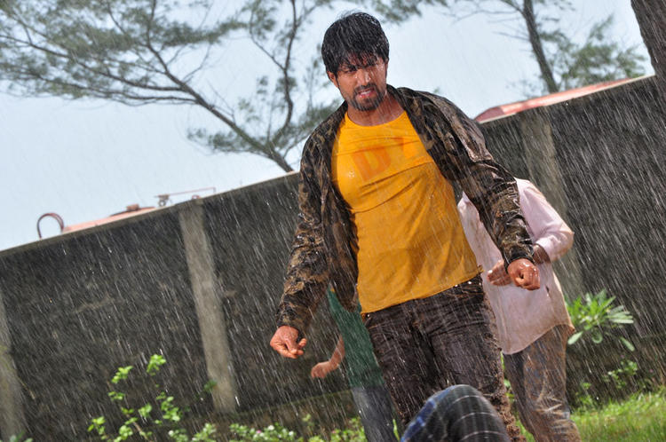 Yash In Action With Fighting Still From Drama Movie