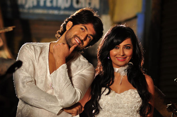 Yash And Radhika Nice Look With Cute Smiling Still From Sandalwood Drama Movie