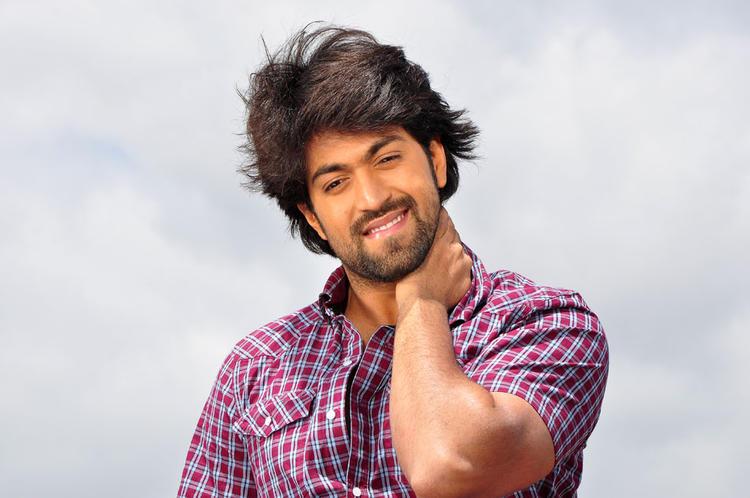 Yash Exclusive Still From Kannada Movie Drama