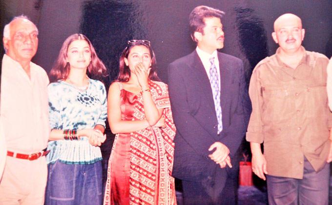 Yash With Aishwarya,Rani,Anil And Rakesh Still