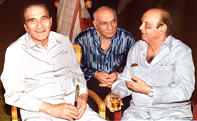 Yash With Brother B R Chopra And Ramanand Nice Still