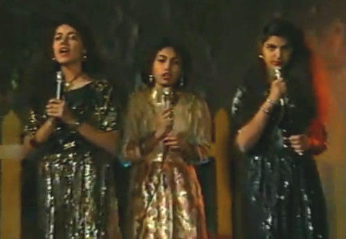 The Innovatively Shot Title Song That Featured The Cast Of The Show Including Jaspal Bhatti