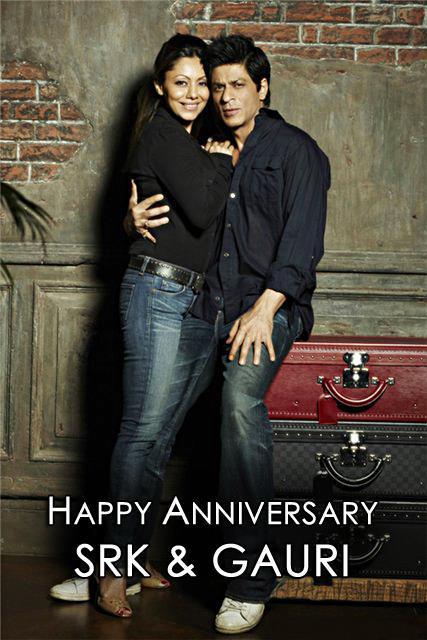 Shahrukh Khan And Gauri Khan Nice Photo In Anniversary Wallpaper