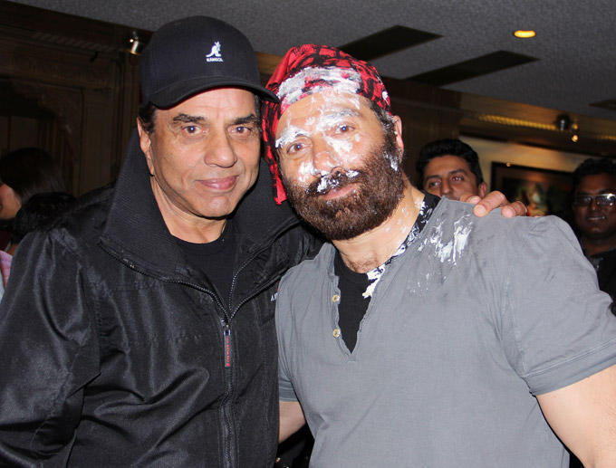 Dharmendra And Sunny Strike A Pose At Sunny Deol Birthday Bash