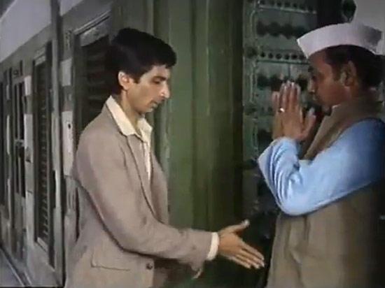 Mohan Gokhale Still From Mr Yogi