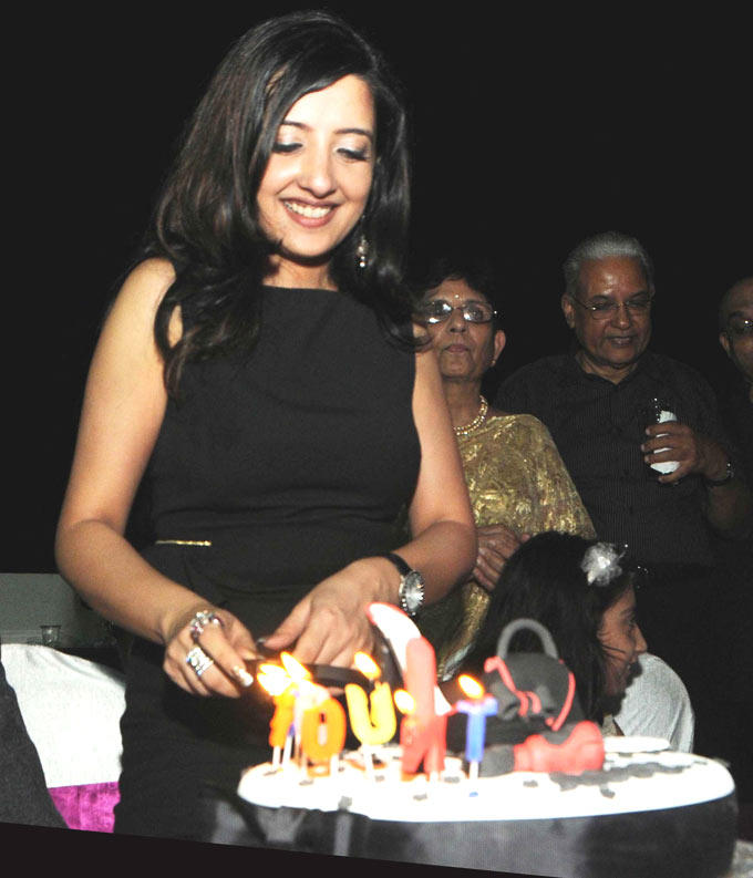 Amy With Cake Photo Clicked At Her Birthday Bash